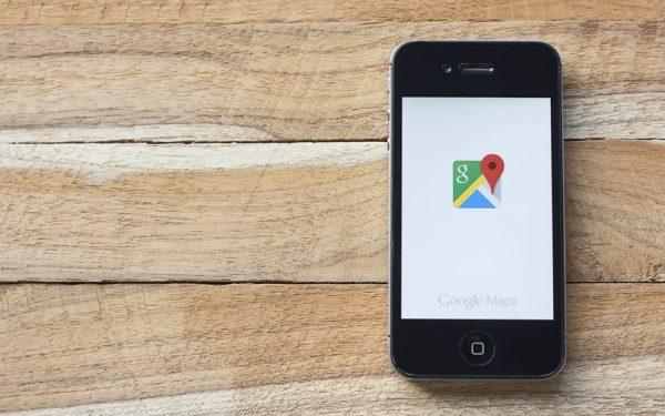 Positief nieuwsoverzicht: Google Maps voorspelt ov-drukte, herbruikbaar papier en meer