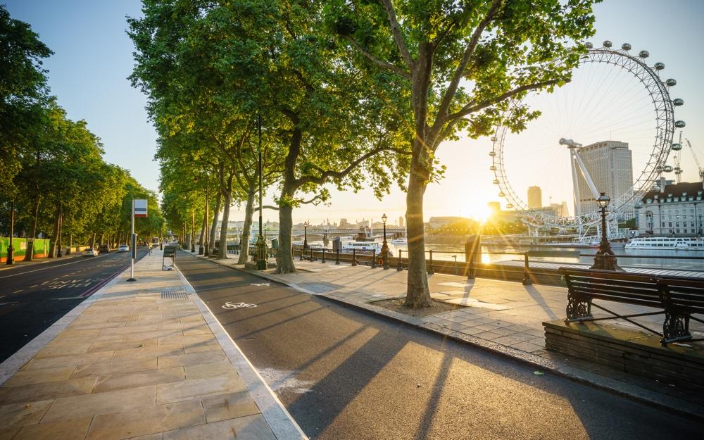 London bespaart fortuin met schaduwrijke bomen