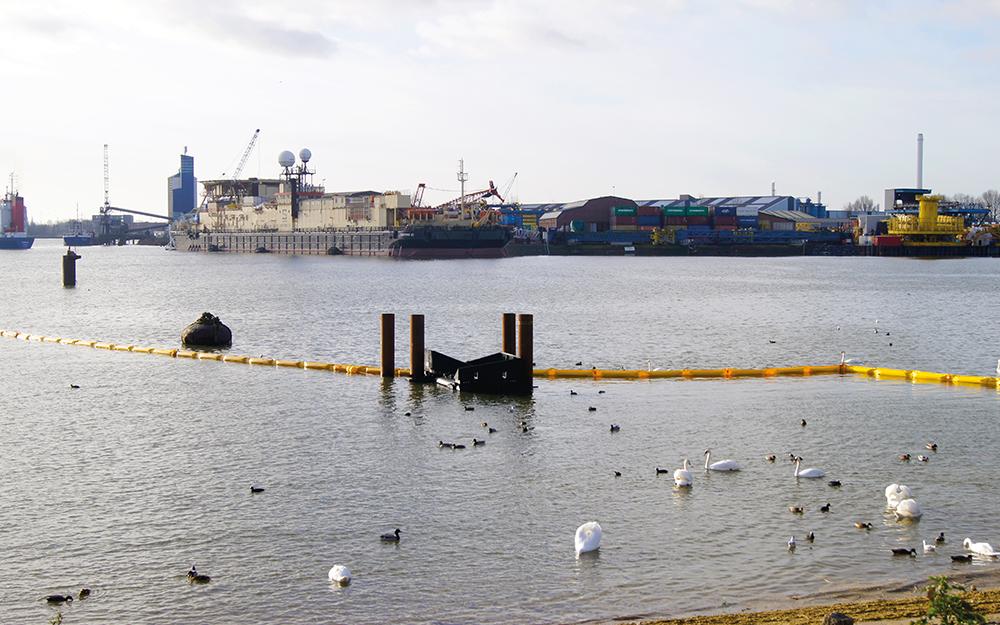 plastic vangen clear rivers