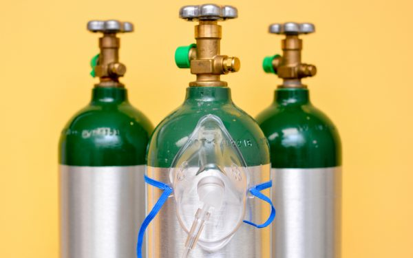 3,Medical,Oxygen,Tanks,With,Oxygen,Mask,On,One,Of